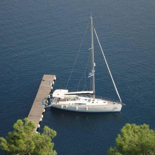 Icarus moored in Spartahori
